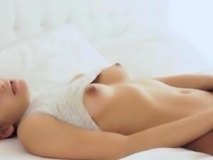 Beautiful coed babe masturbating herself
