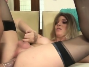 Tgirl hooker mouth jizzed