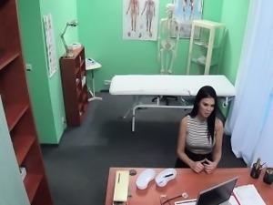 Doctor deep fucked porn actress