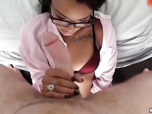 Blow job from a horny Latina