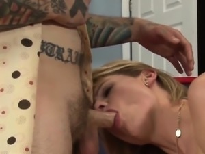 beautiful busty shemale banged in her ass
