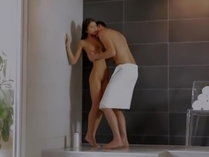 Gina Gerson (Doris Ivy) Shower Fuck