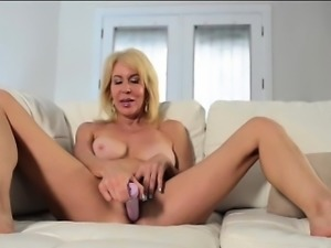 Hot MILF Erica Lauren Red Bra Pink DIldo