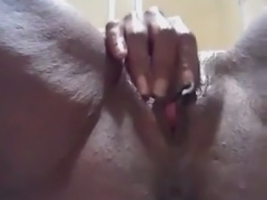 Big ebony clit orgasm