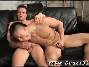 Thai gay sex boy doctor Paulie Vauss and Brody Grant beat it