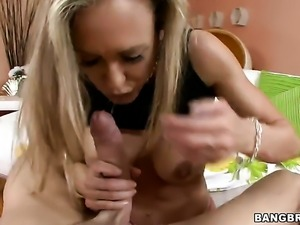 Blonde Brandi Love gets slammed in her vagina by hot guy