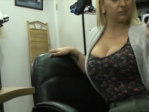 Huge ass and big tits amateur babe banged by pawn guy