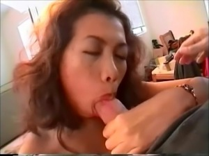 SHE DOESNT LIKE CUM IN HER MOUTH