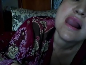 Hot Russian mature mom Elena play on skype