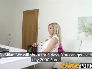 Incredible looking blonde Linda tries her luck with casting