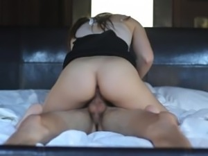 Insatiable Samantha Fucks on the First Date
