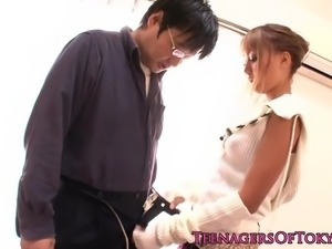 Stunning asian babe giving lucky guy head