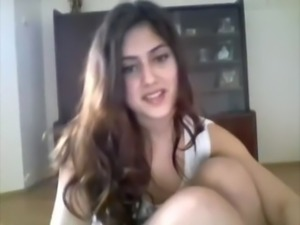 cute indian girl shows boobs on webcam