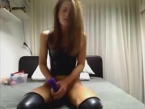 OMEGLE - masturbiert und hat geilen orgasmus