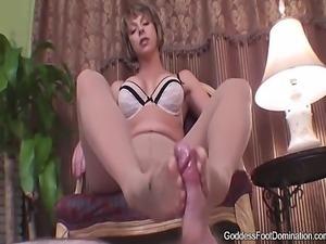 pantyhose footjob untill cum