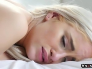 Naomi Woods Bewitching Blonde Babe HD