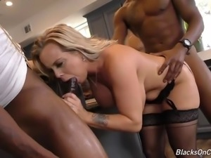 Sexy mature mom Amber fucks black gang