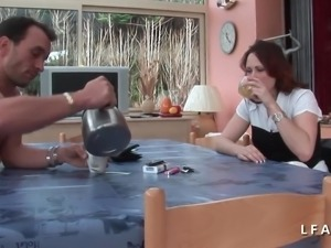 Jolie rousse francaise grave sodomisee avant le facial