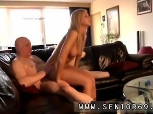 Stepmom and girlfriend threesome Bart has found him self a true honey of