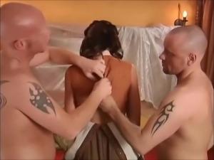 salope gang bang