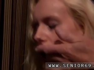 Riley and old man and milf fuck Richard suggests Helen to neat out the