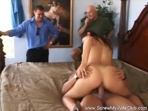 She Likes To Taste Another Cock