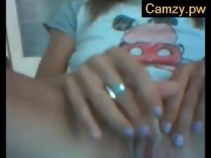 Camzy.PW - Sexy Milf On WebCam