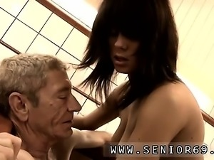 Handjob swallow first time Dokter Petra is studying the heal