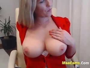 Sexy Busty Blonde Teen Fingering-more MAACAMS COM