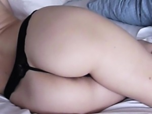 Homemade : beautiful ass and nipples in action
