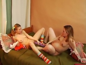 super hot pregnant lesbians fucking