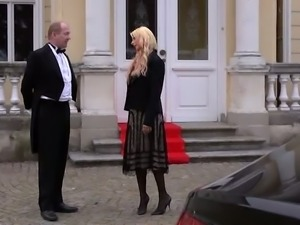 Black haired gorgeous maid swallows hard dick of chauffeur by the car