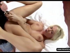 Joycen, Perfect Babe in a Private Lesbian Casting