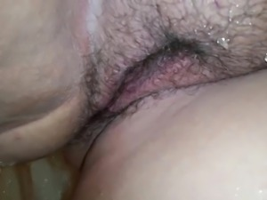 Close Up on BBW Girlfriend Pissing in the Shower