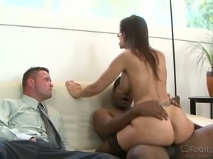 Cuckold brunette in stockings