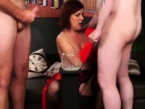 Spicy hottie gets cumshot on her face gulping all the load