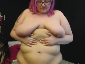 Sexy Alt Goth BBW Sara Star Plays With Her Big Belly