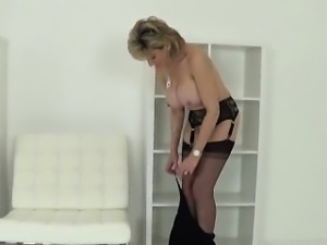 Adulterous british milf lady sonia flashes her big boobies