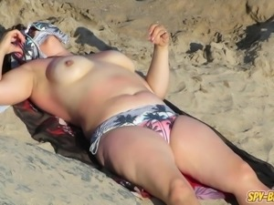 Real Voyeur Beach Amateur Big Boobs Topless MILFs Video