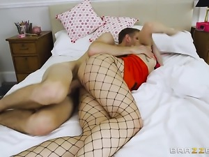 Alessa Savage and her hard cocked fuck buddy