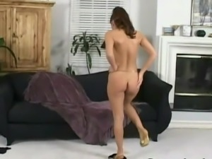 Nikki Nova - Beautiful curves