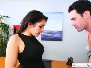 Spoiled Italian blackhead Valentina Nappi serves her kinky boss with steamy...