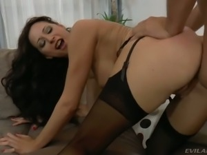 Martina Gold is a huge fan of hardcore sex and she is simply perfect