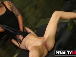 Fetish BDSM Fuck For Teen Halle Von