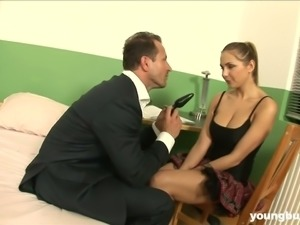 Torrid Amy L fucked brutally in her snatch doggystyle