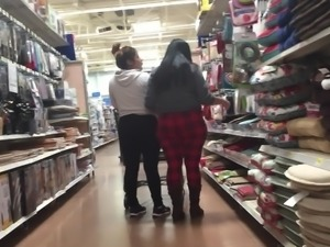 Latina Mom and Daughter Phat Butts