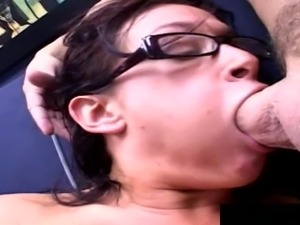 Nerdish babe called Tory finally receives the double penetration