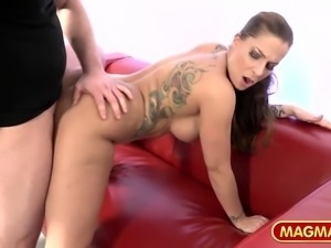 Curvy slut Samy Fox is looking for some extra cash and accepts doing a...