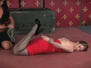 Captivating babe Ashley Lane is no stranger to rope bondage