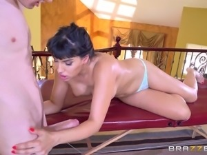 Big tits cougar lovely throbbed hardcore till the guy cums
